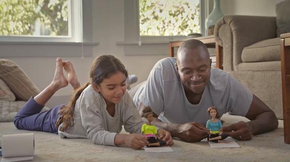 El juego simbólico les enseña a expresar emociones